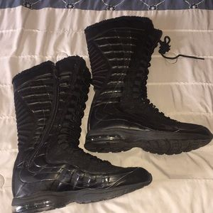 12d68ca856644 Women s Nike Fur Boots on Poshmark